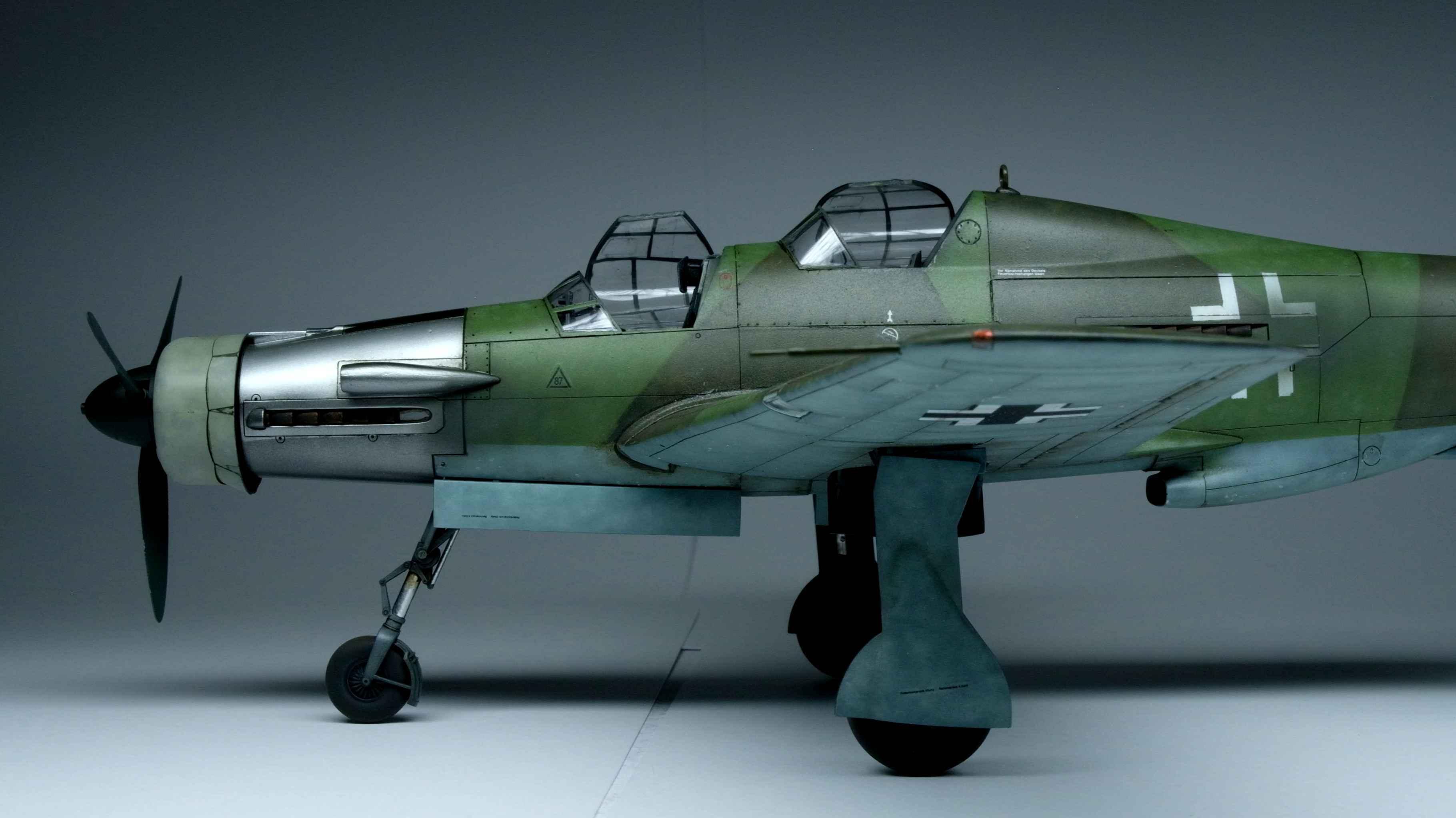 Propeller-Tamiya-Dornier Do335A-12-61076-1